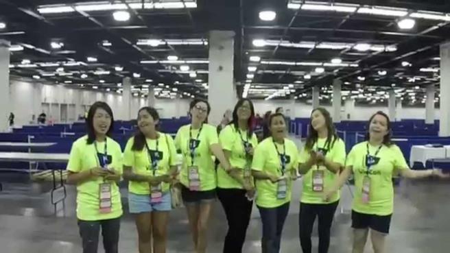 vidcon-volunteers